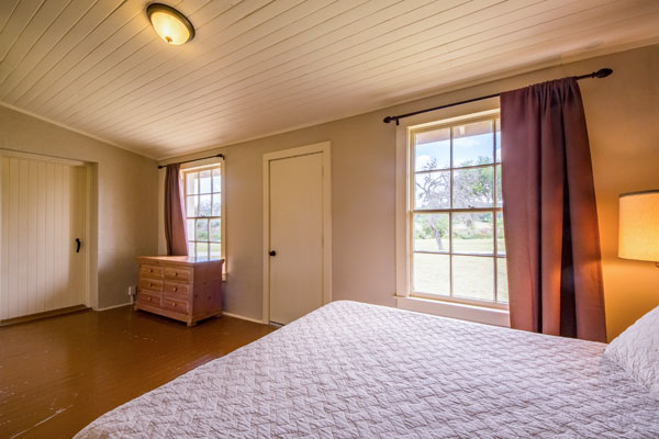 Master Bedroom, Cottonwood Lodge, Rancho Madrono, Pipe Creek, Texas