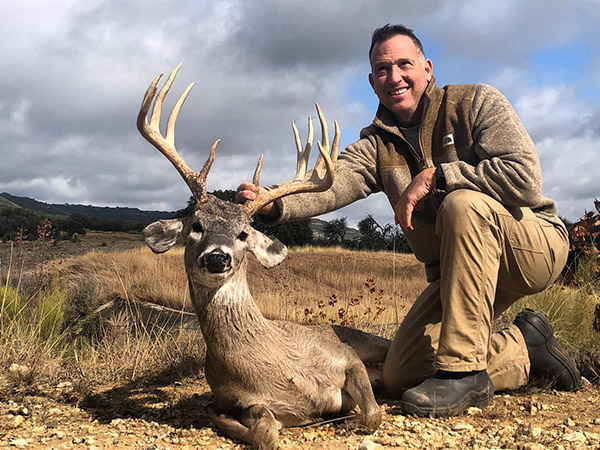"Extraordinary hunt. Richard with a 163"" 11 buck."